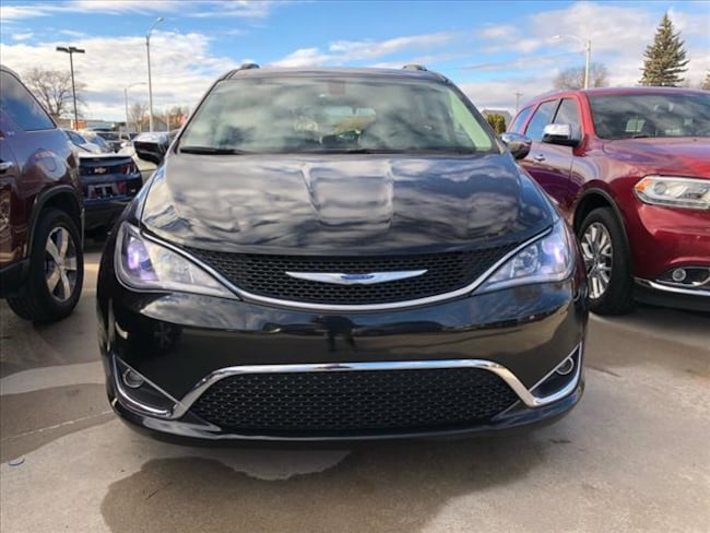 used 2018 chrysler pacifica limited for sale lexington ne. Black Bedroom Furniture Sets. Home Design Ideas