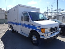 2006 Ford E-350 Cutaway Base Truck