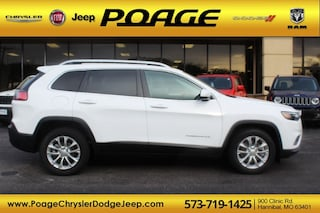 New 2019 Jeep Cherokee LATITUDE FWD Sport Utility for sale in Hannibal, MO