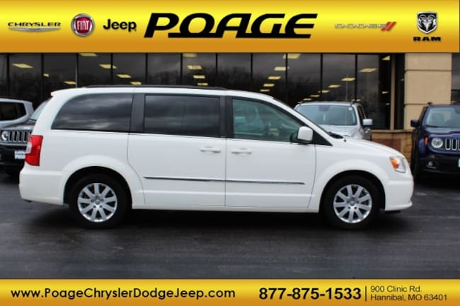 Used 2013 Chrysler Town & Country Touring Van in Hannibal, MO