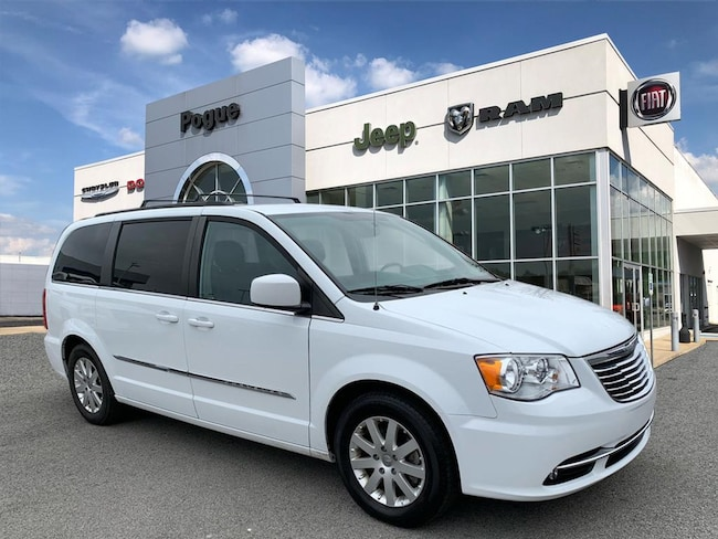 Used 2015 Chrysler Town & Country Touring Touring  Mini-Van For Sale Powderly, KY
