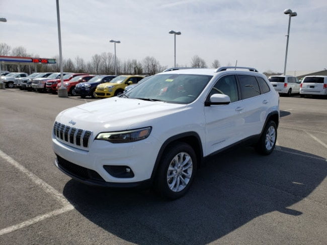 New 2019 Jeep Cherokee LATITUDE FWD Sport Utility For Sale/Lease Powderly, KY