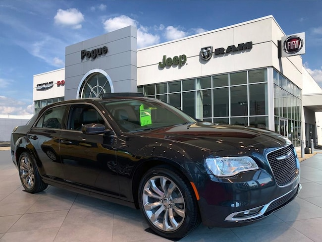 New 2019 Chrysler 300 TOURING L Sedan For Sale/Lease Powderly, KY
