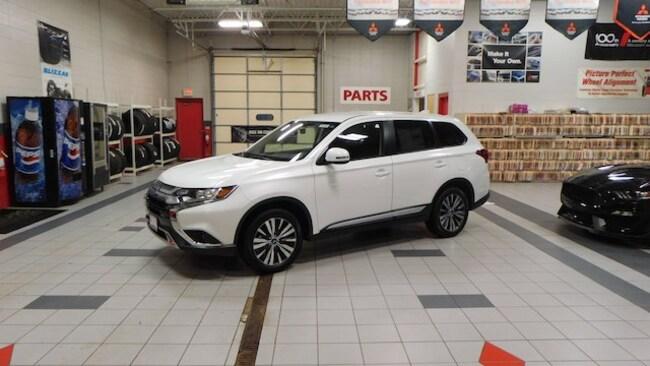 New 2019 Mitsubishi Outlander SE CUV For Sale/Lease Racine, WI