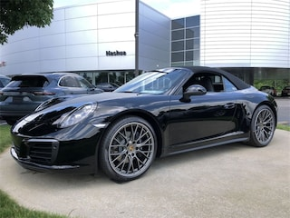 2019 Porsche 911 Carrera 4 Cabriolet