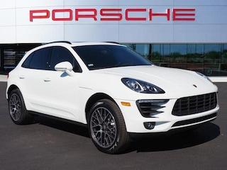 New 2018 Porsche Macan AWD Sport Utility WP1AA2A50JLB22721 for sale in Chandler, AZ at Porsche Chandler