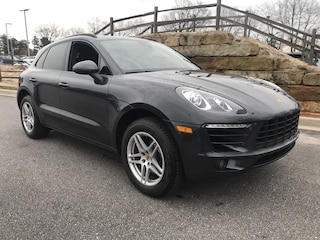 2017 Porsche Macan Base AWD