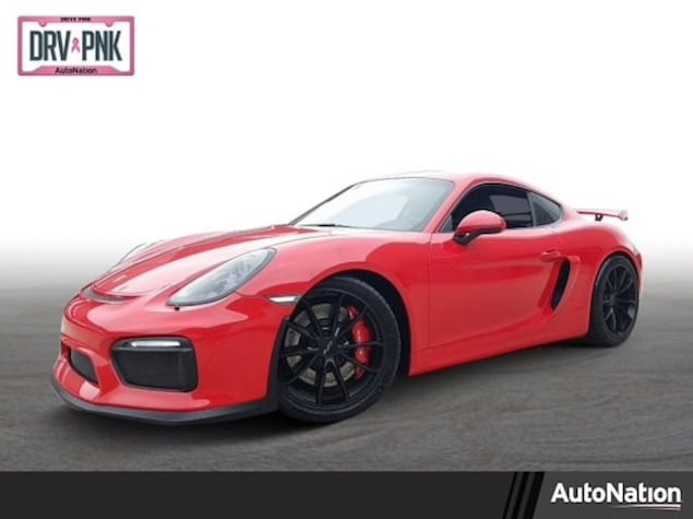 Porsche Cayman GT4 in Guards Red