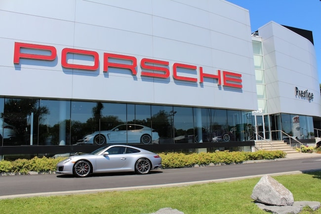 2017 Porsche 911 Carrera S Coupe Pre-owned vehicle 2017 Porsche 911 Coupé