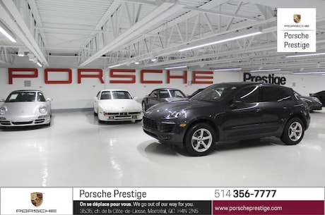 2017 Porsche Macan base Pre-owned vehicle 2017 Porsche Macan &nb SUV