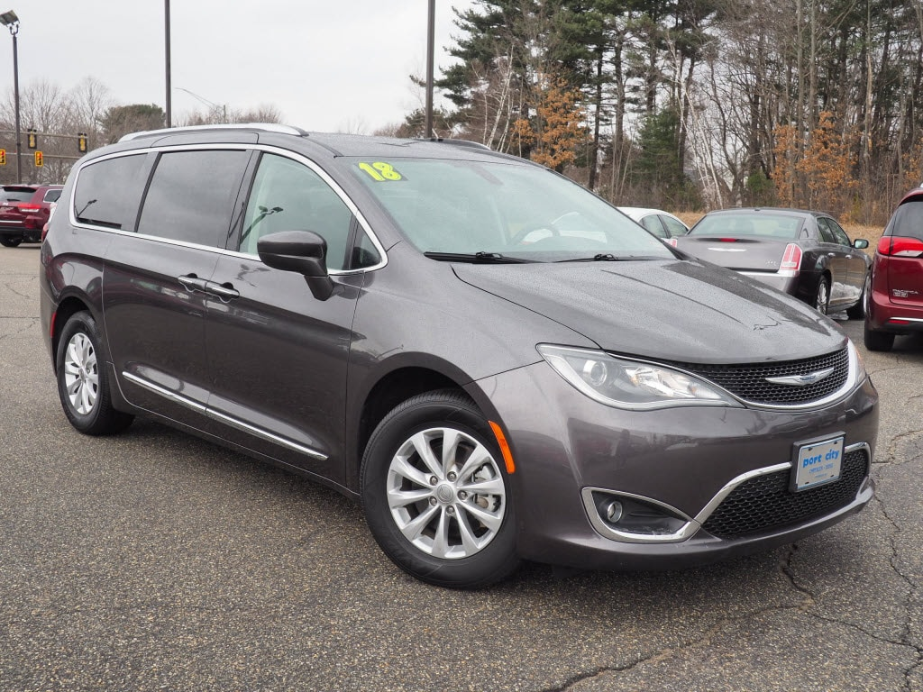 Featured Pre-Owned 2018 Chrysler Pacifica Touring L Van for sale near you in Portsmouth, NH