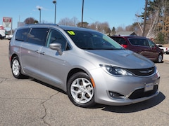 Used 2018 Chrysler Pacifica Touring L Van for sale near you in Portsmouth, NH