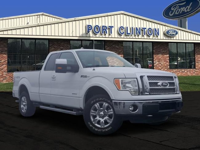 2011 Ford F-150 4WD SuperCab 145 Lariat Truck