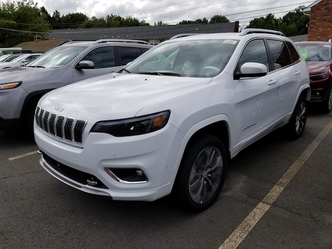 New 2019 Jeep Cherokee OVERLAND 4X4 Sport Utility for sale at Port Jervis Auto Mall in Port Jervis, NY