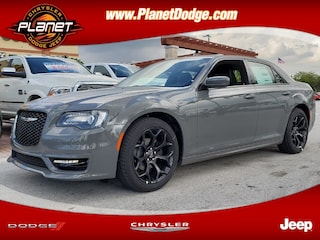 New 2019 Chrysler 300 S Sedan 2C3CCABGXKH548191 for sale in Miami, FL