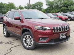New 2019 Jeep Cherokee LATITUDE PLUS 4X4 Sport Utility J19028 for Sale in Rochester, NH, at Poulin Chrysler Dodge Jeep Ram