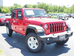 New 2020 Jeep Gladiator SPORT S 4X4 Crew Cab J20004 for Sale in Rochester, NH, at Poulin Chrysler Dodge Jeep Ram