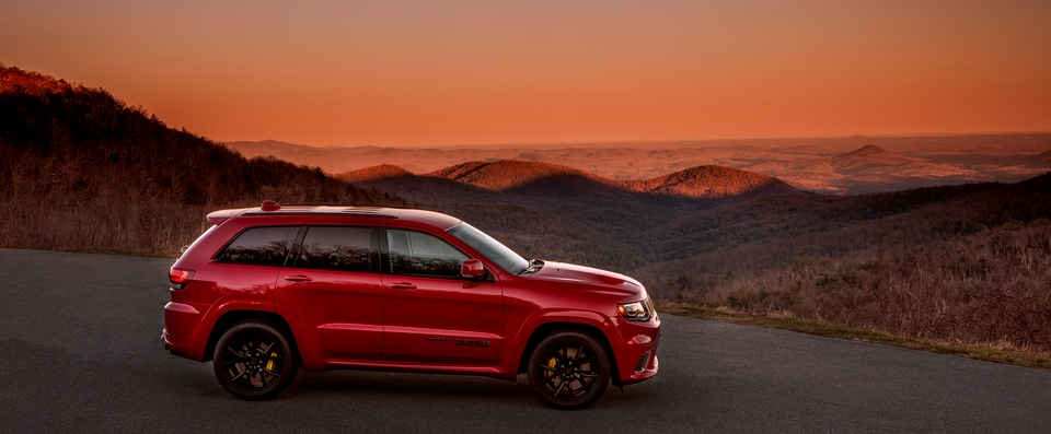 Learn How The Grand Cherokee Compares To Its Rochester, NH Rival