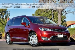 New  2018 Chrysler Pacifica Hybrid TOURING L Passenger Van for sale in Poway, CA