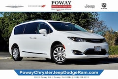 New 2019 Chrysler Pacifica TOURING L Passenger Van for Sale in Poway, CA