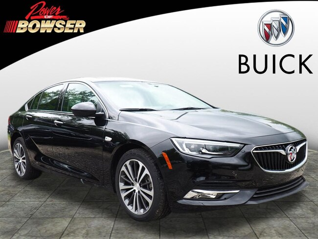 New 2018 Buick Regal Sportback Preferred II Hatchback Pittsburgh, PA
