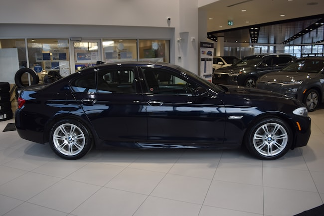 2013 BMW 528i xDRIVE w/ M SPORT / NAVI / LOW KMS  Sedan