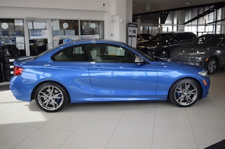 2016 BMW M235i xDRIVE w/ TURBOCHARGED / LOW KMS /  Coupe