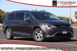 2018 Chrysler Pacifica Hybrid LIMITED Passenger Van Front-wheel Drive
