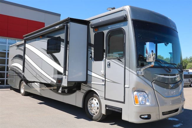 2015 FLEETWOOD Discovery 40E  Pusher diesel - 380 HP