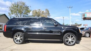 2010 Cadillac ESCALADE ESV Premium SUV