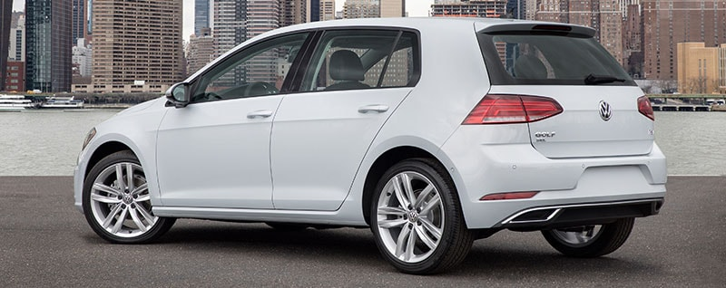 2018 Volkswagen Golf Cargo Space