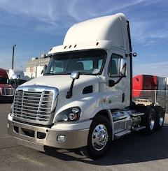 2017 FREIGHTLINER DAY CAB DONT MISS IT