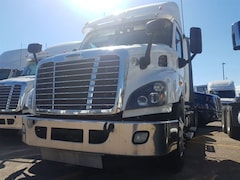 2014 FREIGHTLINER DAY CAB - FLEET MAINTAINED--