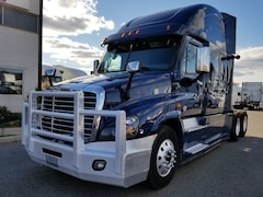 2017 FREIGHTLINER CASCADIA *Balance of Factory WARRANTY available*
