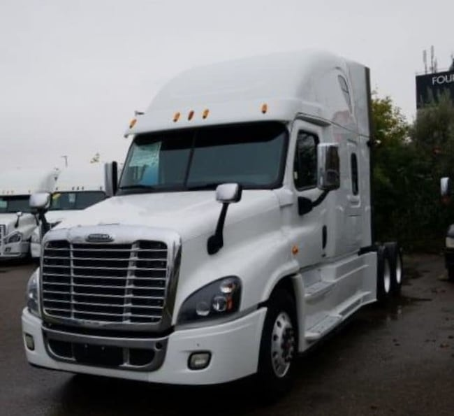 2015 FREIGHTLINER CASCADIA BALANCE OF MANUFACTURER WARRANTY AVAILABLE
