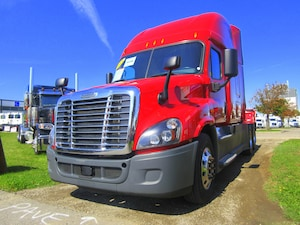 2015 FREIGHTLINER CASCADIA EVOLUTION - PRICED RIGHT