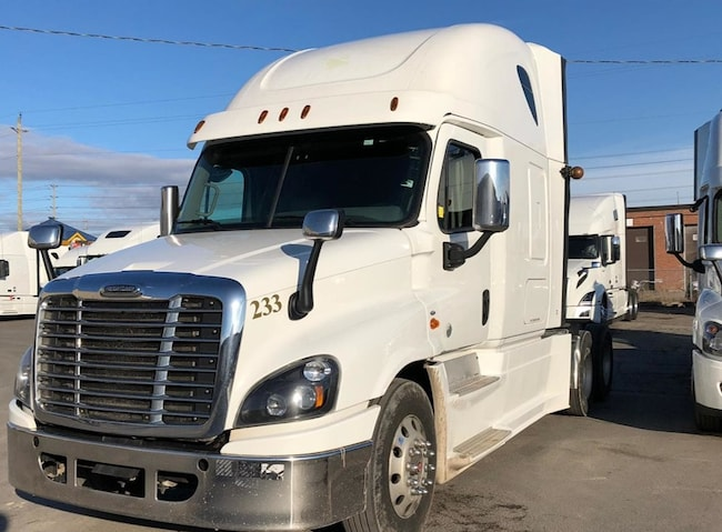 2016 FREIGHTLINER CASCADIA FULLY LOADED