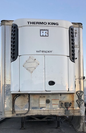 2014 Vanguard TRIAXLE - REEFER THERMOKING UNIT, VERY CLEAN