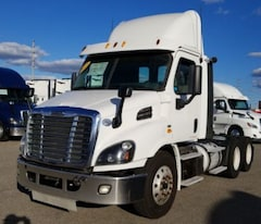 2014 FREIGHTLINER DAY CAB *4 YEARS / 2 MILLION KM WARRANTY AVAILABLE*