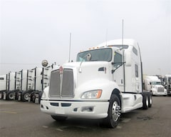 2011 KENWORTH T-660 - PRICED TO SELL
