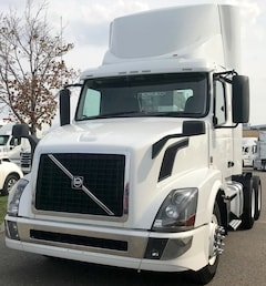 2016 VOLVO DAY CAB *BALANCE OF MANUFACTURER WARRANTY AVAILABLE*