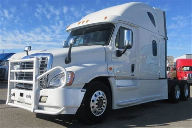 2015 FREIGHTLINER CASCADIA PRICED JUST TO SELL