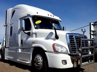 2017 FREIGHTLINER CASCADIA -  LEATHER SEATS