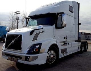 2018 VOLVO VNL 670  LOT OF FACTORY WARRANTY AVAILABLE