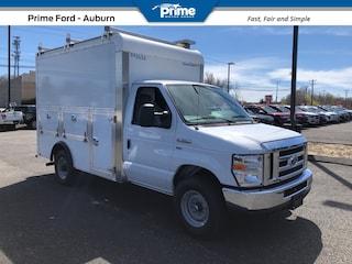 2019 Ford E-350 Cutaway Base Cutaway Van
