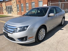 2010 Ford Fusion HYBRID, Fuel Efficient, A/C and more Sedan