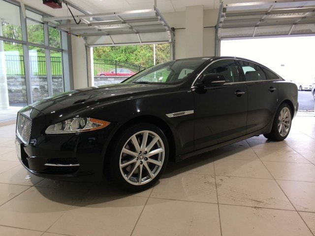 2012 Jaguar XJ Base Sedan