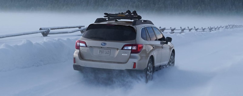 2017 Subaru Outback 3.6R Limited Rear