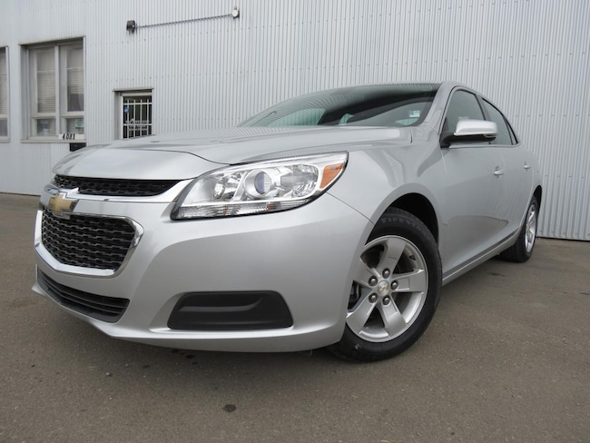 2016 Chevrolet Malibu LT, BACKUP CAMERA, BLUETOOTH. Sedan