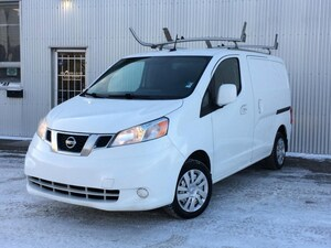 2013 Nissan NV200 BACKUP CAMERA, NAVIGATION, BLUETOOTH.